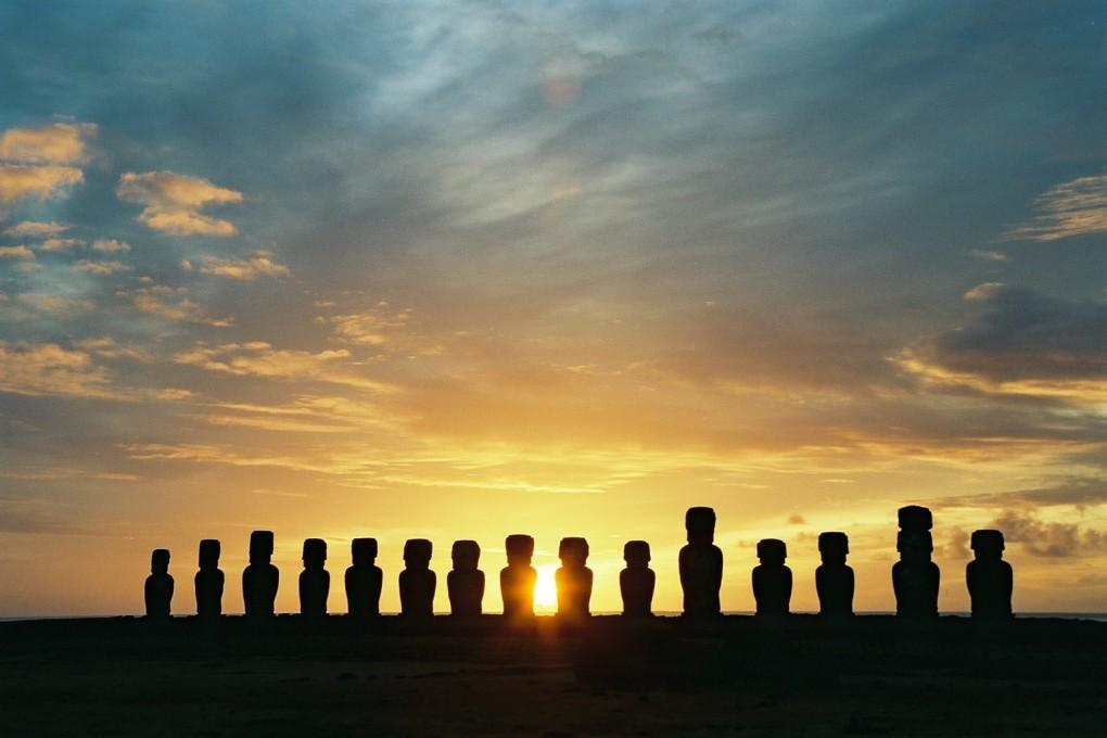 Moai_Statues_Easter_Island_10